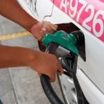 Aumentan los precios de las gasolinas en México