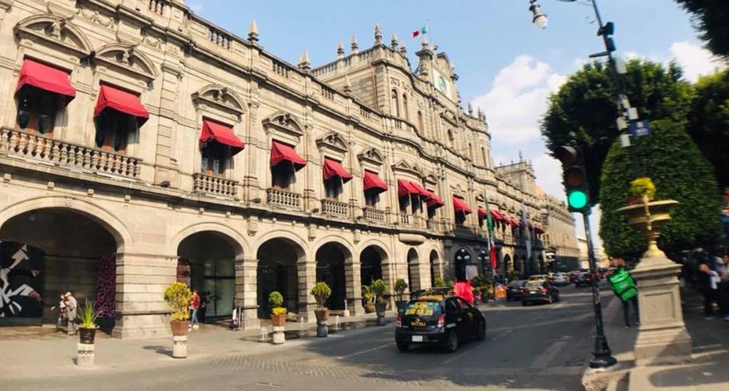Puebla regresa a Semáforo Naranja, anuncia gobernador Miguel Barbosa; pide no perderle el miedo al COVID-19 - Puebla. Foto de Tania Villanueva/ López-Dóriga Digital