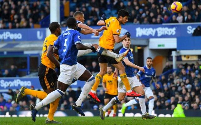 #Video Jiménez anota en victoria de los Wolves en casa del Everton - Raúl Jiménez anota de cabeza frente al Everton