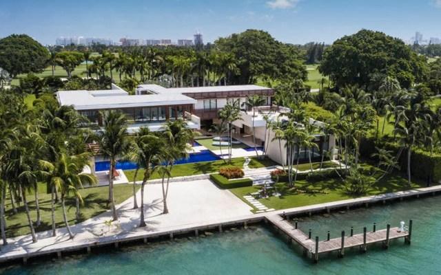 Residencia vuelve a romper récord en Miami tras venderse en 50 mdd - La residencia se vendió en 50 millones de dólares. Foto de Alexander Team/Douglas Elliman