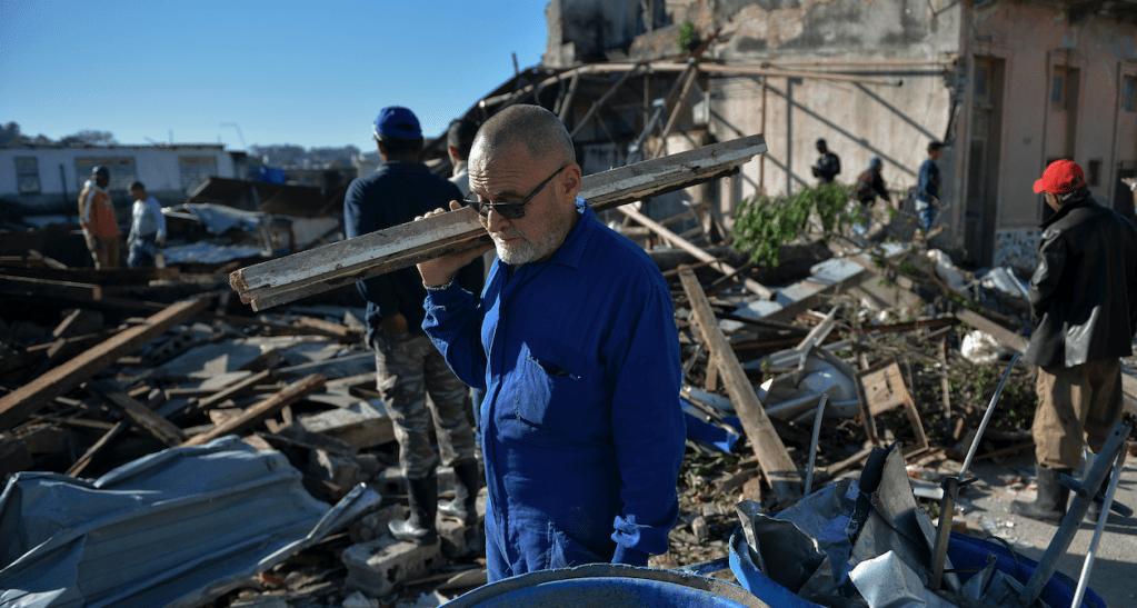 Aumenta a seis el número de muertos por tornado en La Habana - Foto de AFP