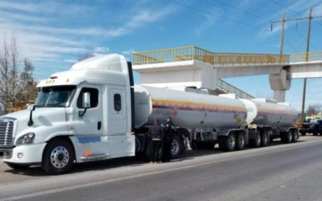 Aseguran tráiler con 61 mil litros de combustible robado en Chihuahua - aseguran tráiler con combustible robado chihuahua