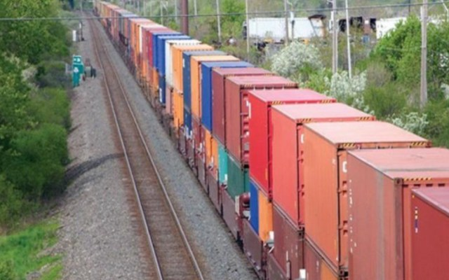 Será un proceso lento mover toda la carga detenida en Michoacán: Ferromex - bloqueo trenes ferromex michoacán