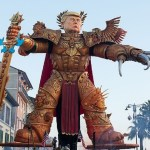 #Video Desfila estatua de Trump como guerrero de Warhammer en Italia - Trump como Warhammer. Foto de BackGrid