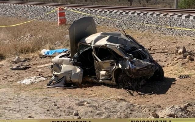 Conductor pierde la vida en Querétaro por intentar ganarle al tren - Foto de Quadratín