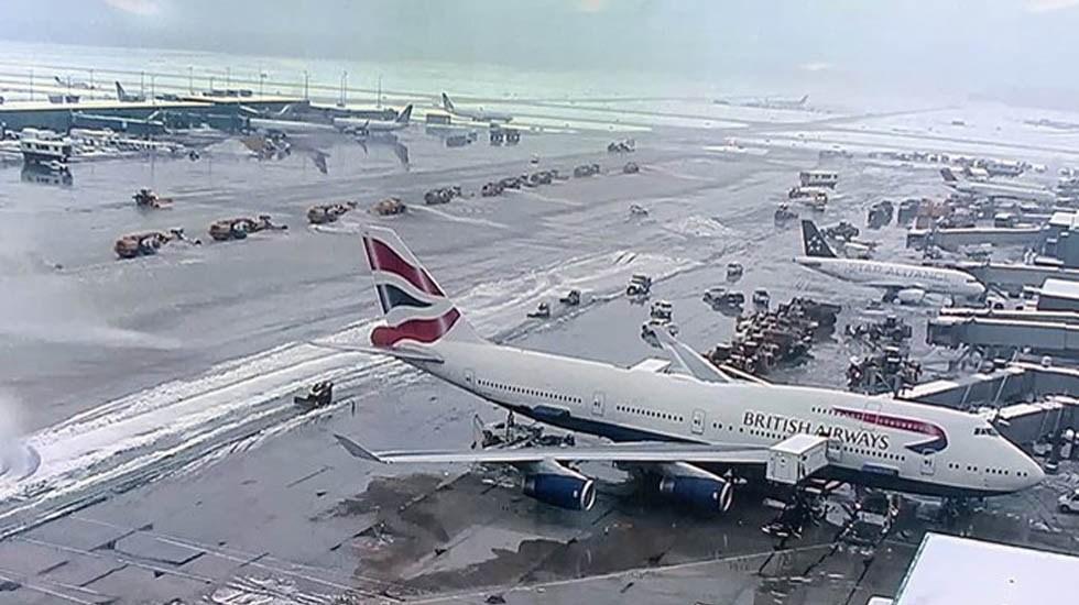 Cancelan casi tres mil vuelos por tormenta de nieve en EE.UU. - Vuelos retrasados en el Washington-Dulles. Foto de @Dulles_Airport