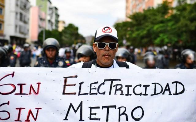 Guaidó declarará emergencia nacional por apagón en Venezuela - apagón venezuela domingo