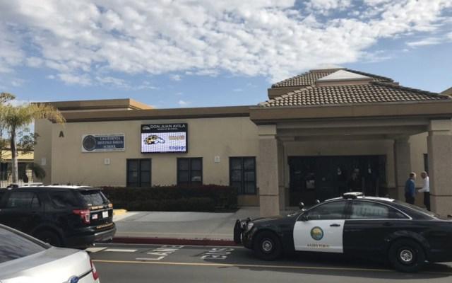 Investigan posible suicidio de adolescente en escuela de California - Foto de @OCSheriff