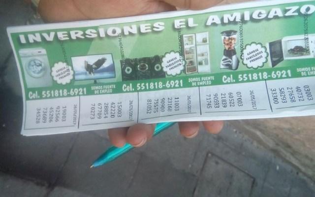Colombianos realizan sorteos irregulares en el Centro Histórico - Boletos de rifas de colombianos. Foto de @INVERSIONESELAMIGAZO