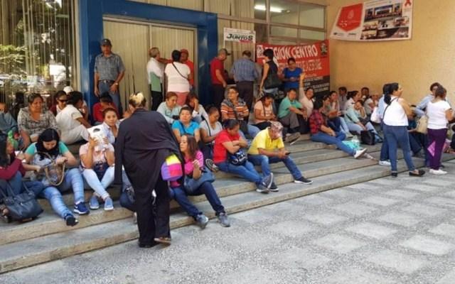 CETEG rechaza Reforma Educativa y anuncia movilizaciones - Miembros de la CETEG en un paro en Chilpancingo. Foto de Milenio