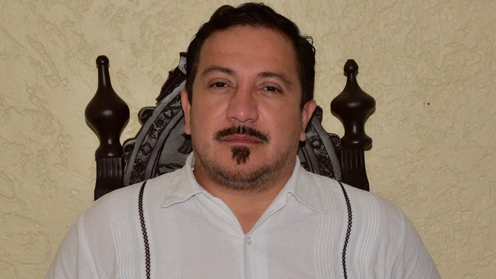 'Fuimos colonizados por la peor de las razas', dice diputado de Morena