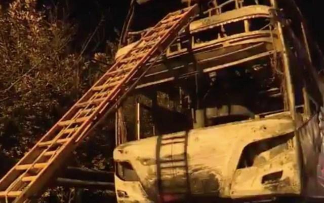 Incendio en autobús de turistas en China deja 26 muertos - Captura de pantalla
