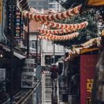Las 10 ciudades más caras y las más baratas del mundo - Chinatown, Singapur. Foto de @lvnatikk