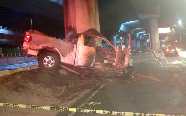 Choque de camioneta deja un muerto en Periférico - Foto de @memosegura11