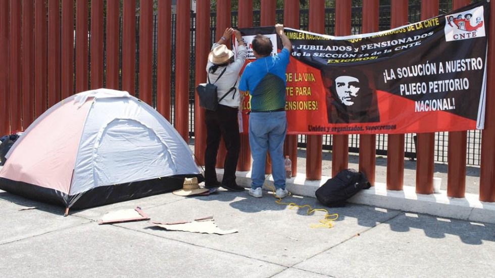 CNTE se retira del Palacio de San Lázaro - Foto de Quadratín