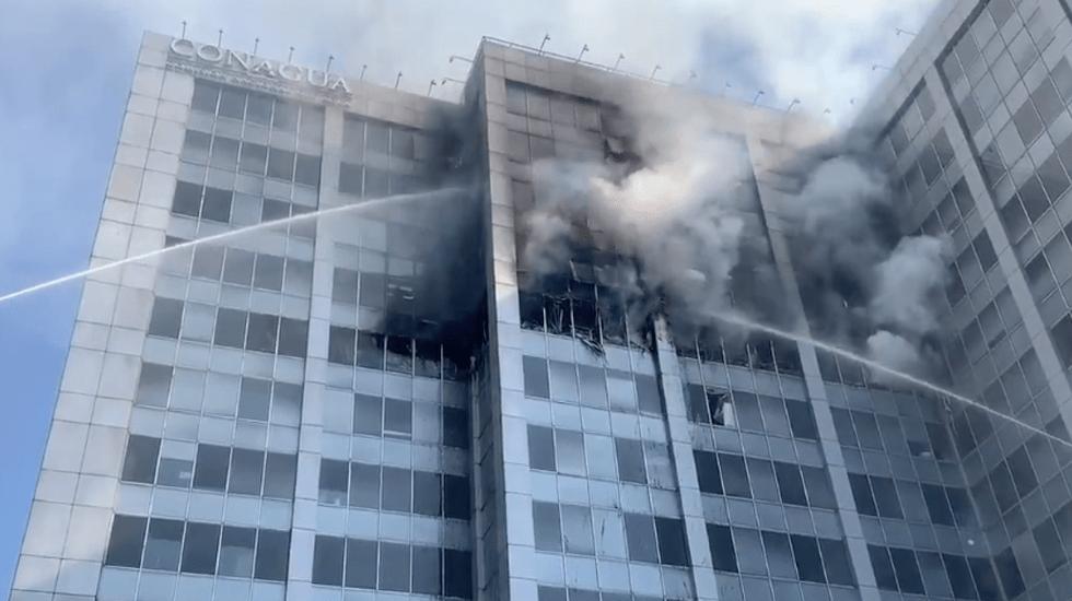 Controlan incendio en Conagua - Incendio en Conagua