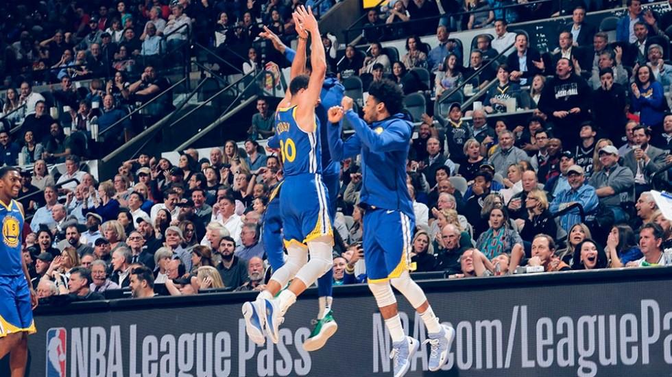 #Video Curry encesta el triple más largo de la temporada - Foto de @warriors