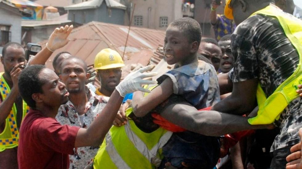 Confirman cifra de muertos tras derrumbe en escuela de Nigeria - Foto de AFP