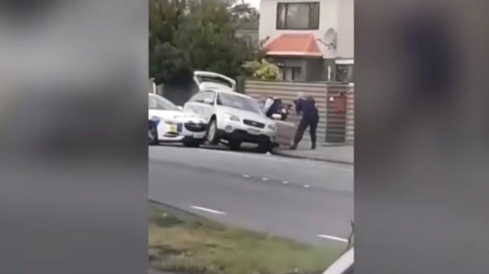 #Video Así detuvieron al autor de la matanza en Nueva Zelanda - Captura de pantalla