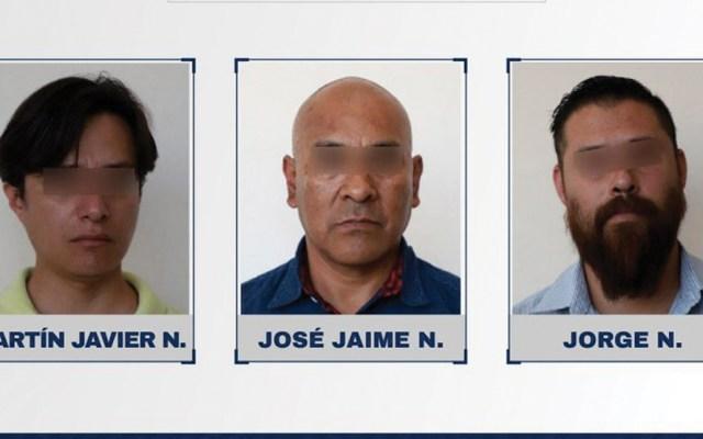 Detienen a tres hombres por fingir haber sido víctimas de robo - Foto de Twitter Fiscalía Puebla