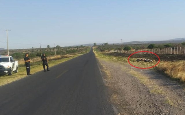 Hallan siete cadáveres a un costado de carretera de Jalisco - Ejecutados a un costado de carretera de Jalisco. Foto de Quadratín