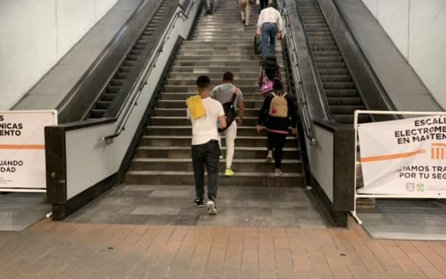 Escaleras de ascenso de Línea 7 del Metro volverán a operar este viernes - Foto de @BrookenCandy