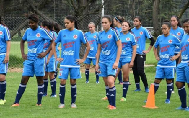 Extécnico de selección femenil colombiana niega acoso sexual - Foto de @FCFSelecciónCo