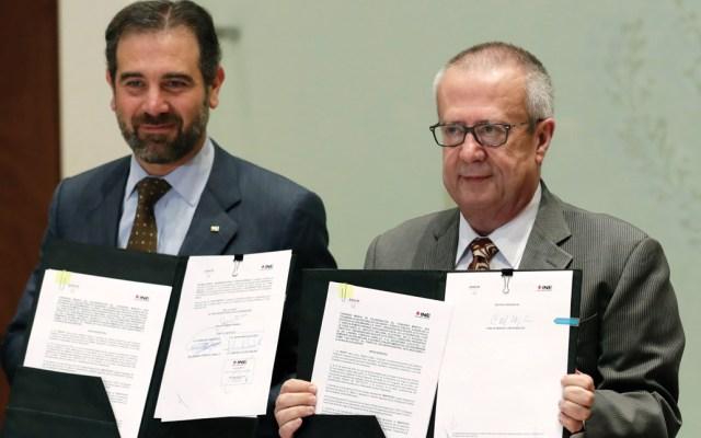 INE y Hacienda firman convenio para intercambio de información - Foto de Notimex