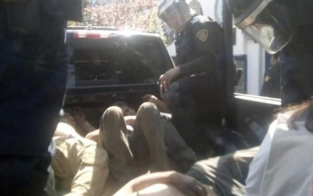 Intentan linchar a supuestos ladrones en Milpa Alta - Foto de Twitter