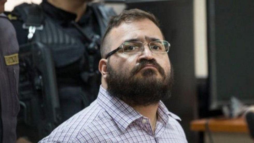 Javier Duarte se queda sin abogado principal; no puede pagar sus honorarios - fgr impugna amparo a prestanombres de duarte