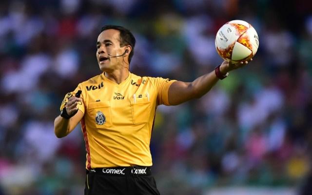 Jorge Isaac Rojas pitará el Clásico Nacional - Foto de Mexsport