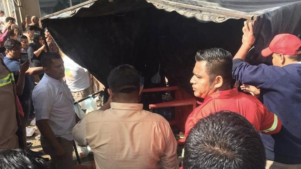 Bloqueo de embotelladora de Coca-Cola en Matamoros desata riña - Foto de El Sol de Tampico