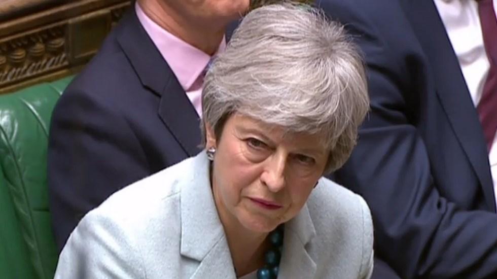 """Theresa May prepara """"oferta audaz"""" para lograr el Brexit - Theresa May ante la Cámara de los Comunes de Reino Unido. Foto de AFP / HO"""