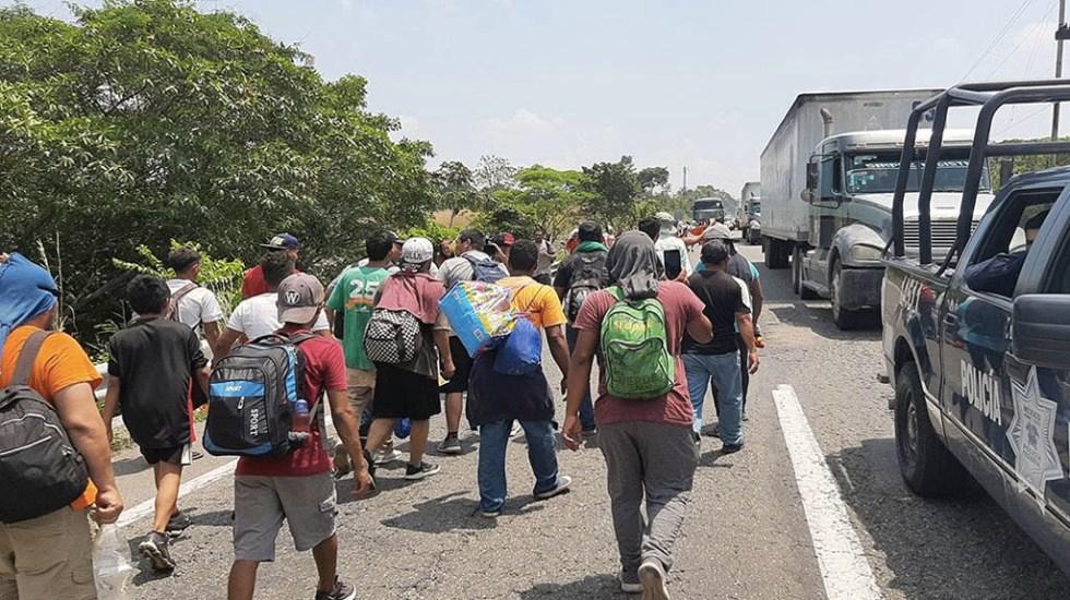 Migrantes cubanos y centroamericanos continúan su paso por Chiapas - Foto de Quadratín