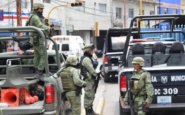 Caen dos sujetos ligados a 'El Marro' - Militares en Guanajuato. Foto de La Verdad Noticias