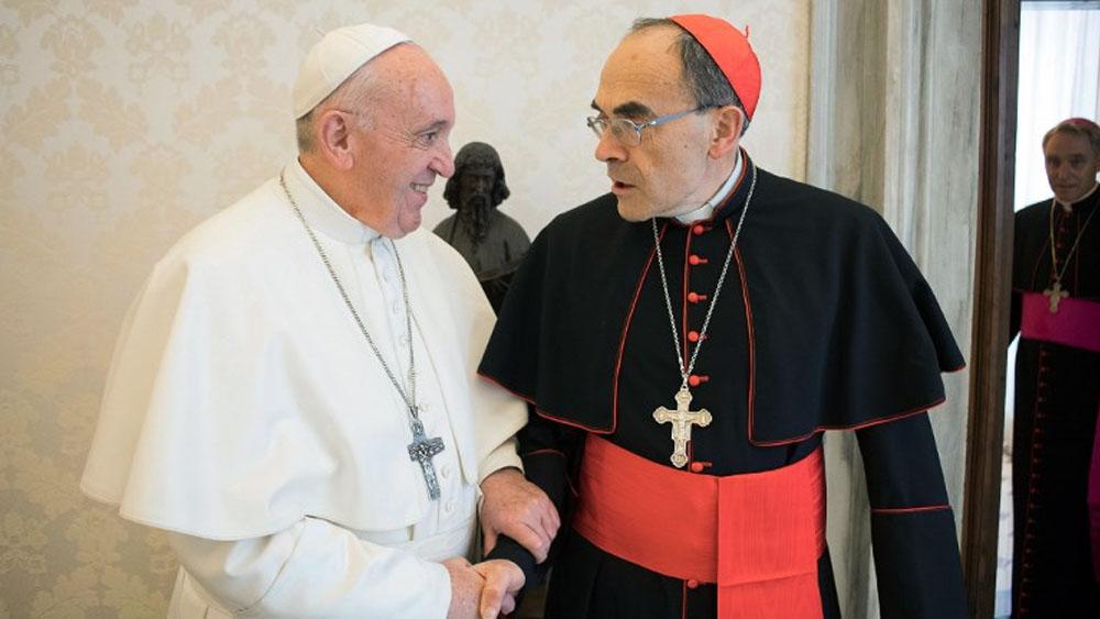 El papa Francisco se reune con cardenal que encubrió casos de pederastia - Foto de AFP