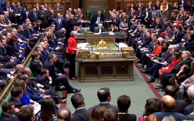 Parlamento de Reino Unido rechaza acuerdo de Brexit - Discusión del acuerdo del Brexit en Parlamento de Reino Unido. Foto de AFP