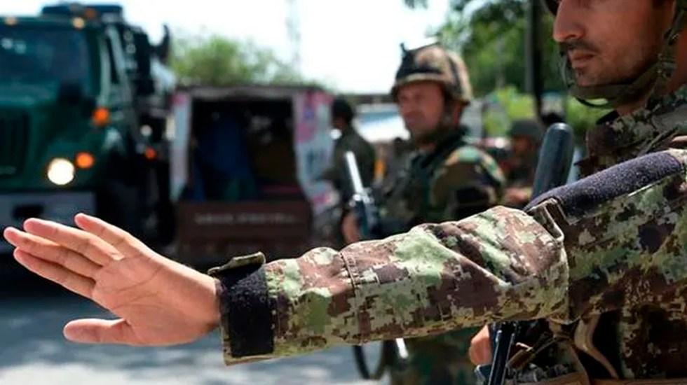 Mueren nueve policías en Afganistán tras ataque de talibanes - Foto de AFP