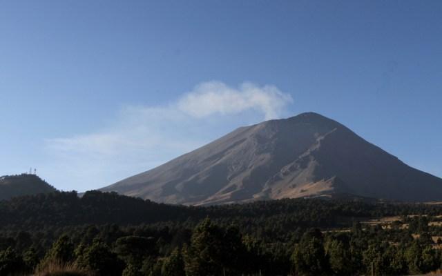 Cien mil personas correrían peligro si erupciona el Popocatépetl - Volcán Popocatépetl desde Amecameca. Foto de Notimex