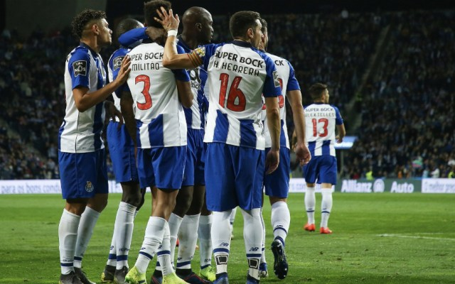 Porto golea a Marítimo con Héctor Herrera y Jesús Corona de titulares - Foto de @FCPorto