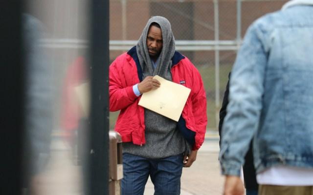 R. Kelly puesto en libertad tras pagar su pensión alimentaria - Foto de AFP