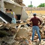 """""""Toca desechar estos mitos de que septiembre es temporada de sismos"""", deja en claro el SSN - Fotografía de un edificio colapsado por los sismos de septiembre de 2017 en Oaxaca. Foto de Quadratín"""