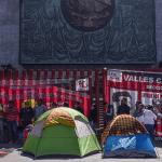 Continúa bloqueo en inmediaciones de San Lázaro - Foto de Línea Ejecutiva