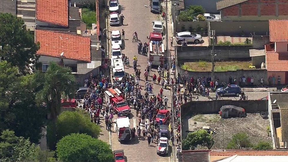 Tiroteo en escuela de Brasil deja al menos 5 niños muertos - Foto de correio24horas.