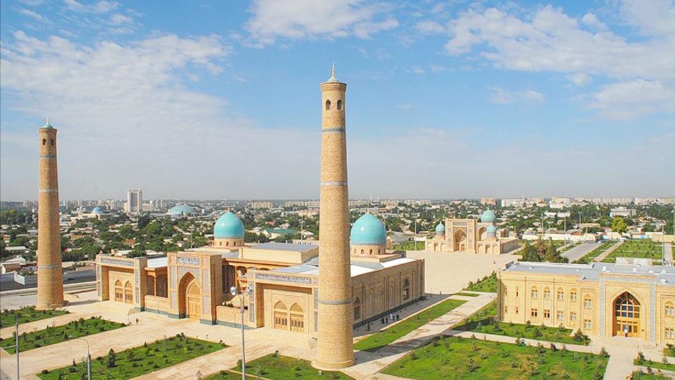 Mausoleo Khast-Iman en la ciudad de Tashkent, Uzbekistán. Foto de Silk Road Destinations