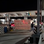 Continúa tomada caseta de autopista México-Cuernavaca - Foto de Milenio