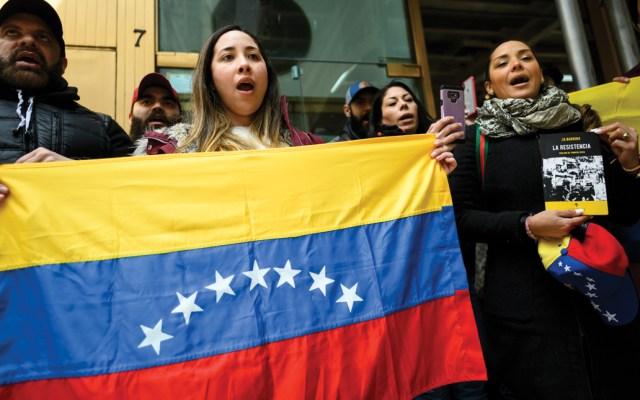 """Toma de consulado venezolano en Nueva York fue una """"liberación"""" para delegados de Guaidó - Foto de AFP"""
