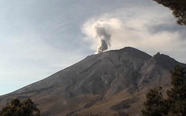 Cenapred pide no acercarse al Popocatépetl tras explosión - Volcán Popocatépetl 8 de marzo. Foto de Cenapred