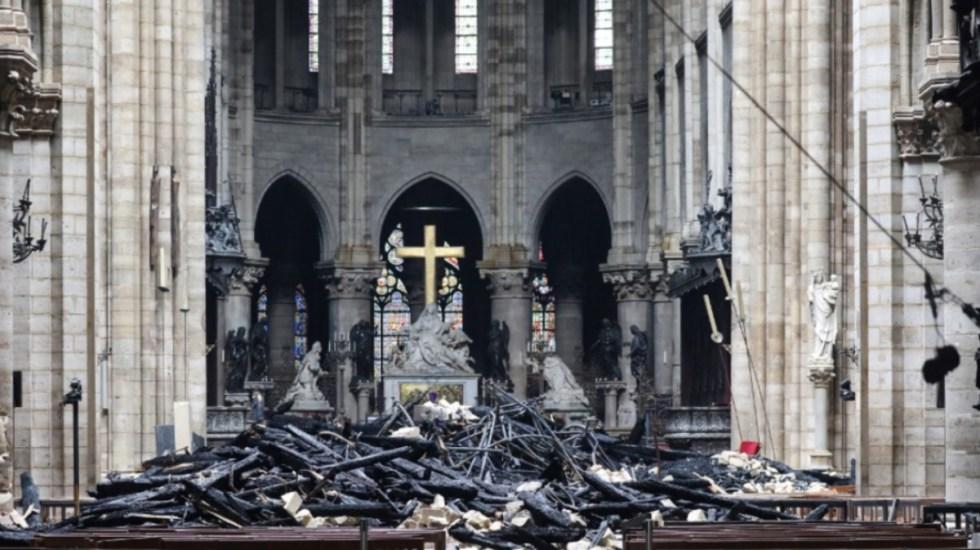 Las portadas de los medios tras el incendio en Notre-Dame - Foto de Ludovic Marin/AFP