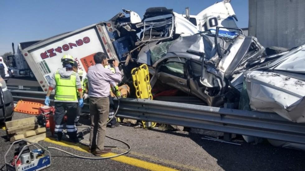 Dos muertos por carambola en la autopista Puebla-Orizaba - Foto de @diarioelfortin